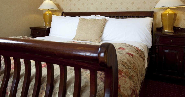 hotel-rooms-cornwall-penventon-master-suite