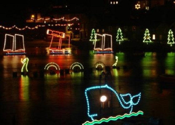 events-in-cornwall-mousehole-christmas-lights