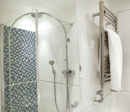 hotel-rooms-with-shower-penventon-park-hotel-redruth
