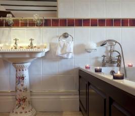boutique-hotel-cornwall-penventon-park-hotel-bathroom