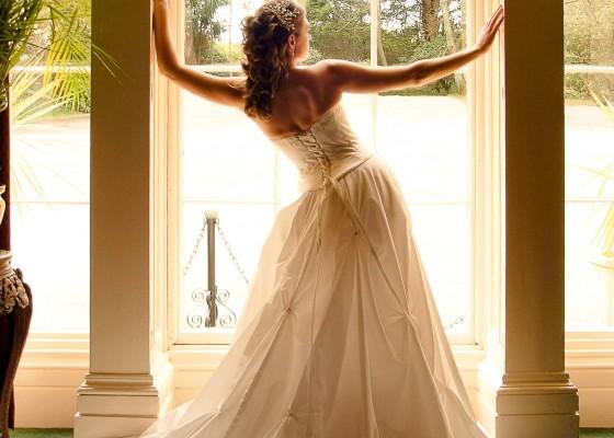 Hotel-wedding-venue-Cornish-Brides-Penventon-Hotel