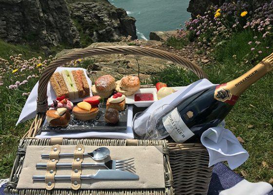 2-Night-Break-Cornwall-Bollinger-Afternoon-Tea-Hamper