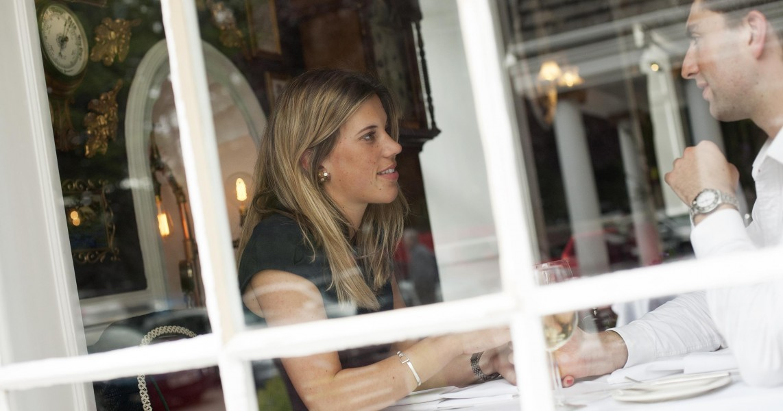 Romantic-couple-through-the-window-Penventon-Park-Hotel