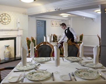hotel-private-dining-cornwall-lady-edith-suite