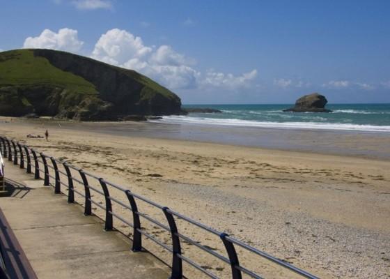Cornwall-Beaches-Portreath-Penventon-Hotel